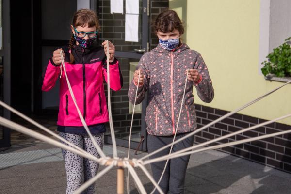 Warsztaty integracyjne oraz teatralno - plastyczne w ramach projektu DALEKO - BLISKO