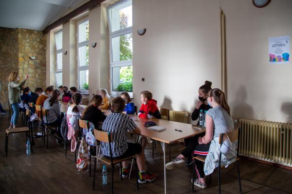 Warsztaty teatralno- plastyczne w ramach projektu DALEKO-BLISKO